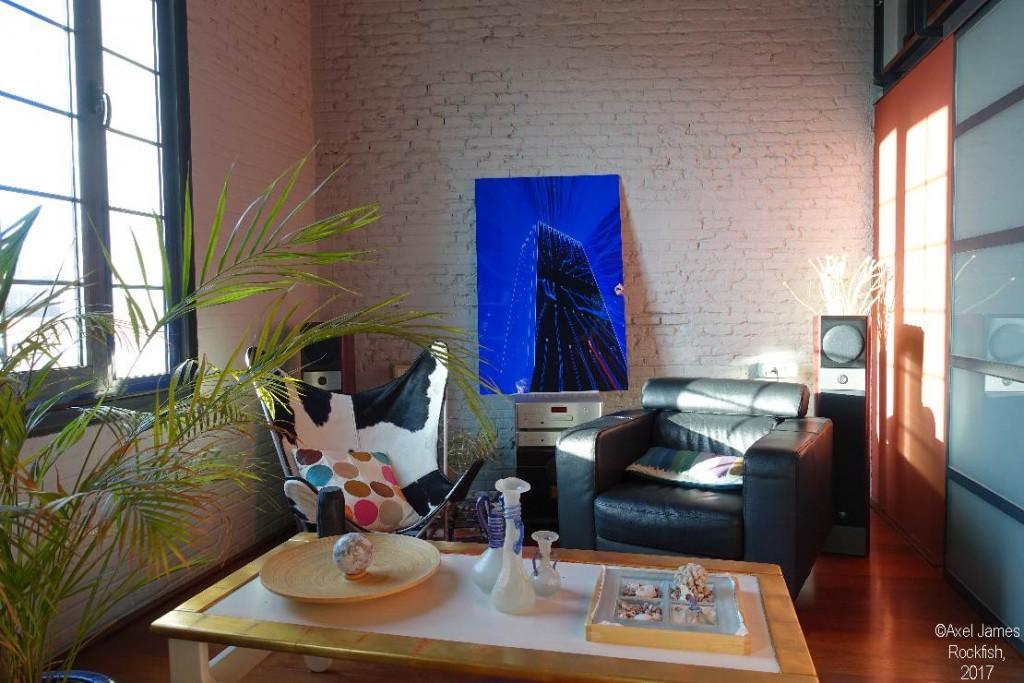 DSC08303 Axel Rockfish skyscraper blue in loft